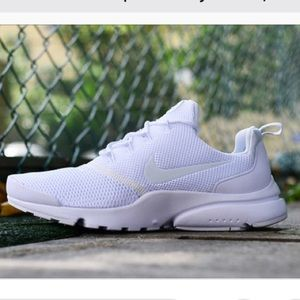 NWT 🔥 Nike Presto Fly Triple White